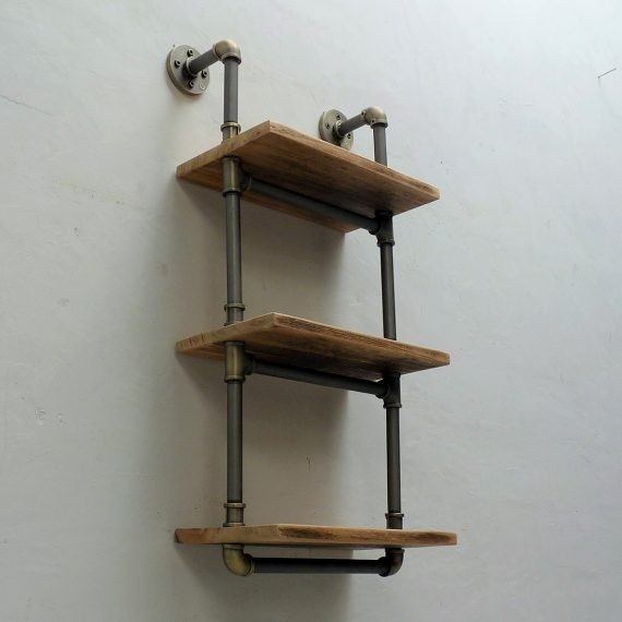 Juneau-Industrial-Wall-Mounted-Etagere-Rack-TTS1-BRGRNA-2